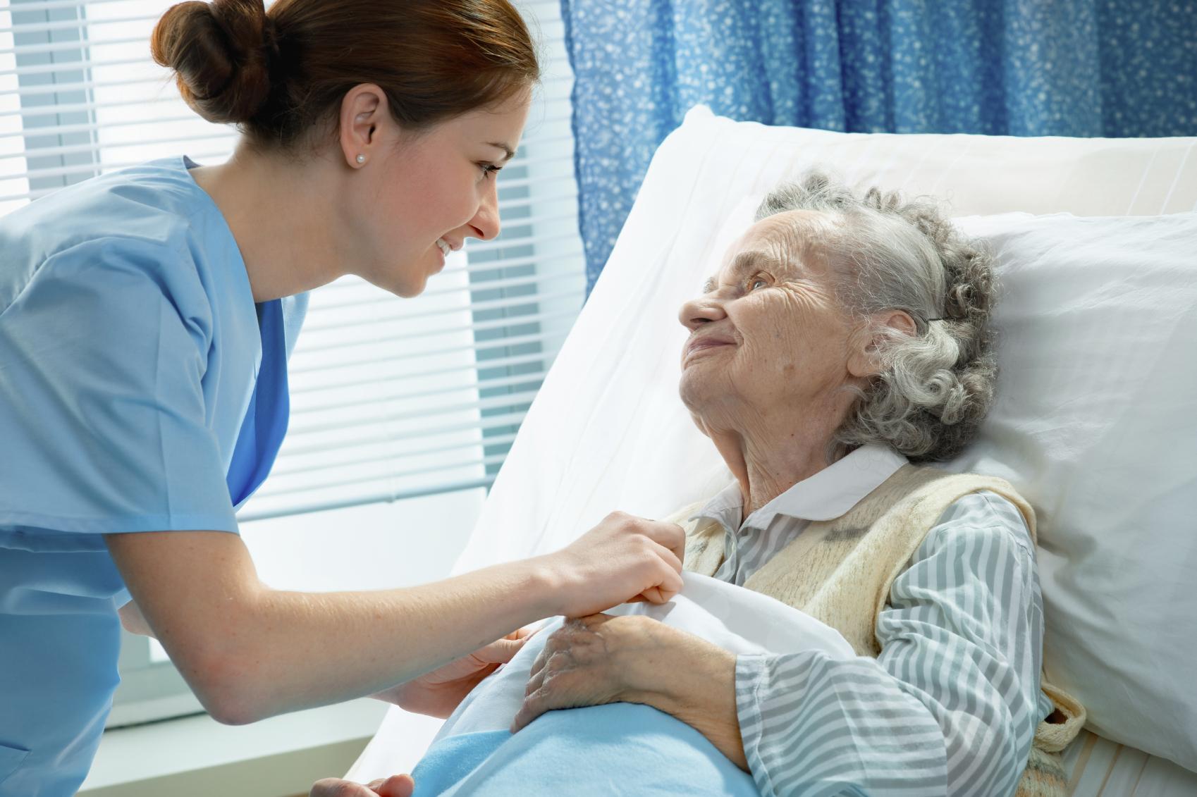 Alzheimer Belirtileri ve Evreleri Nelerdir? Nasıl Önlenir?