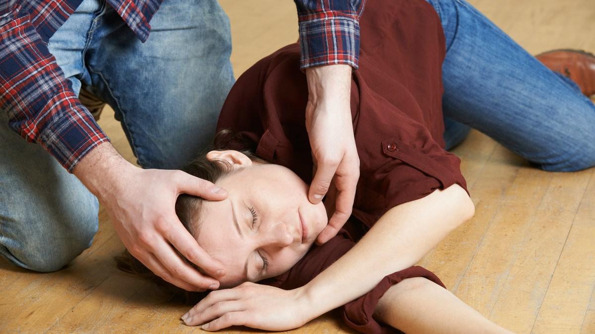 Epilepsi Hastalığı Nedir? Nöbetlerinin Çeşitleri nelerdir?