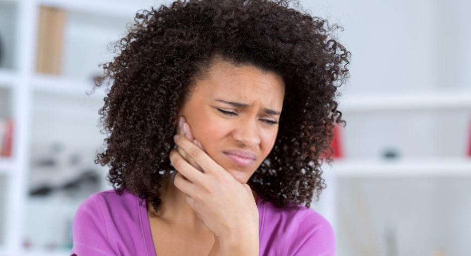 Diş Çürükleri Saç Dökülmesine Neden Olabilir