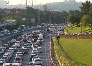 Trafikte Hız Kuralları Nelerdir?